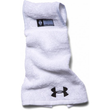 Serviette Undeniable Football Towel Under Armour blanche